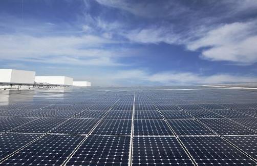 SunPower rafforza la sua garanzia combinata suprodotto e potenza