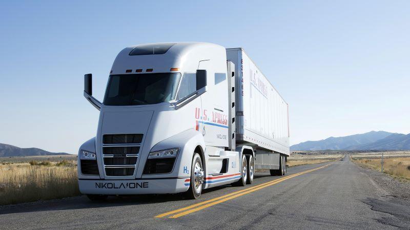 Qualenergia: La strada verso i camion sostenibili: batterie o idrogeno?